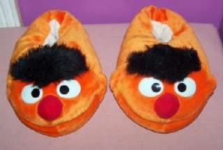 SESAME STREET ERNIE HOUSE SLIPPERS/SHOES YOUTH XS 4 5