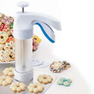 Wilton Comfort Grip Cookie Press Cookie Gun With 12 Disc Shapes