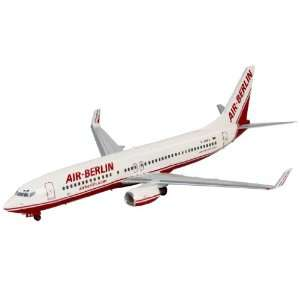 Revell 1:144 Boeing 737 800 Air Berlin: Toys & Games