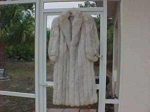 Fur Blue Fox full length Coat only worn 4 times Excellent large