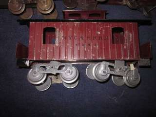 EARLY LIONEL 10 SERIES STANDARD GAUGE FREIGHT CARS