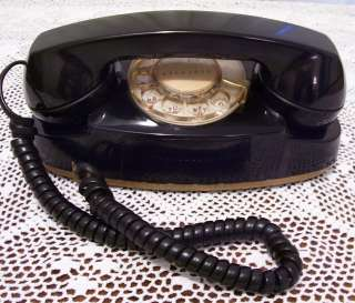 1960s IL BELL WESTERN ELECTRIC BLACK ROTARY PRINCESS TELEPHONE
