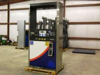 Dresser Wayne 2V 590 Gas Pump/ Fuel Dispenser with Card Reader
