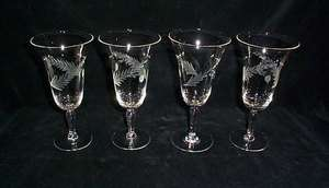 Glass Etched Holly Berry Wine Glasses (4)
