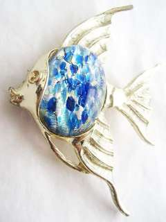 Vintage BLUE ART GLASS Cabochon ANGEL FISH PIN   Signed