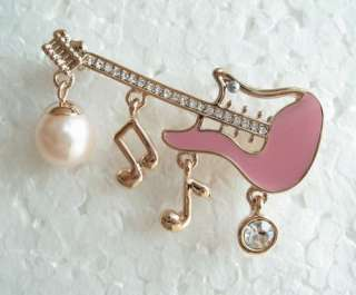 PEARL SWAROVSKI CRYSTAL GOLD GUITAR MUSIC NOTE PIN BROOCH 1551
