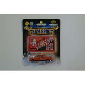 150 1/87 Scale Diecast Truck with Team Sticker