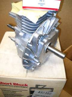 BRIGGS & STRATTON SHORT BLOCK BRAND NEW No.492380 / VC0