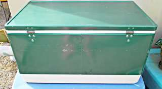 Vintage GREEN Large COLEMAN COOLER   ICE CHEST w INSERTS Nice