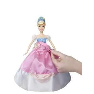 Mattel W1137   Disney Princess   Ballprinzessin Cinderella, Puppe