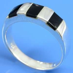 4.69 grams 925 Sterling Silver Inlaid Gemstone Band Ring