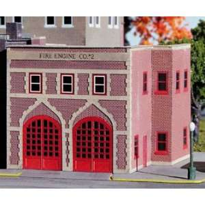 Micro Structures N Scale Fire Engine Co. #2 Kit Toys & Games