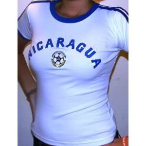 WOMENS, LADIES, AND GIRLS NICARAGUA SOCCER JERSEY SIZE MEDIUM  RUNS
