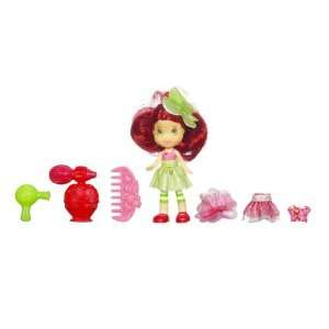 Strawberry Shortcake   Mini Strawberry Shortcake Figure