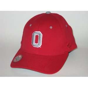OHIO STATE BUCKEYES Zfit Zephyr Stretch Fit HAT / CAP