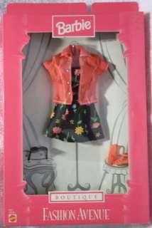 jpg Fashion Avenue Barbie 1998 19205 Boutique Black Flower Print Dress